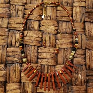 Tribal Style Healing Stone Agate Stick Necklace